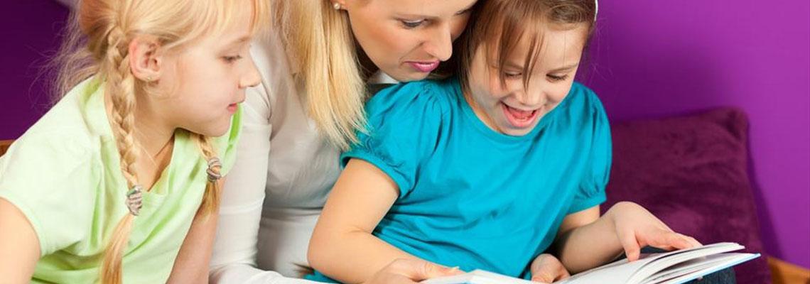 Engager une nounou spécialisée Montessori